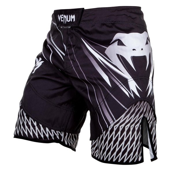 Venum Shockwave Fightshort, Black