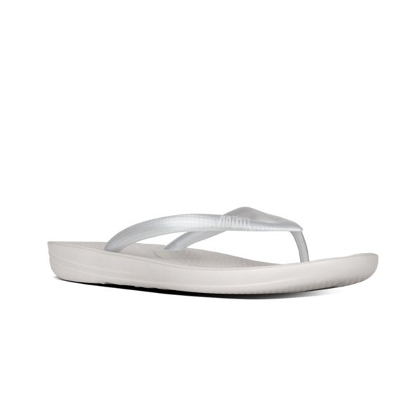 FitFlop™ iQushion Women's Classic Sandal, Silver