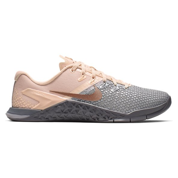 the latest 8bca9 c93d9 Nike Metcon 4 XD Metallic Women s Training Shoe, Grey Red Bronze