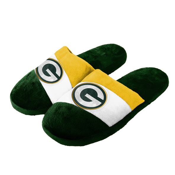 Foco Packers Slippers Green
