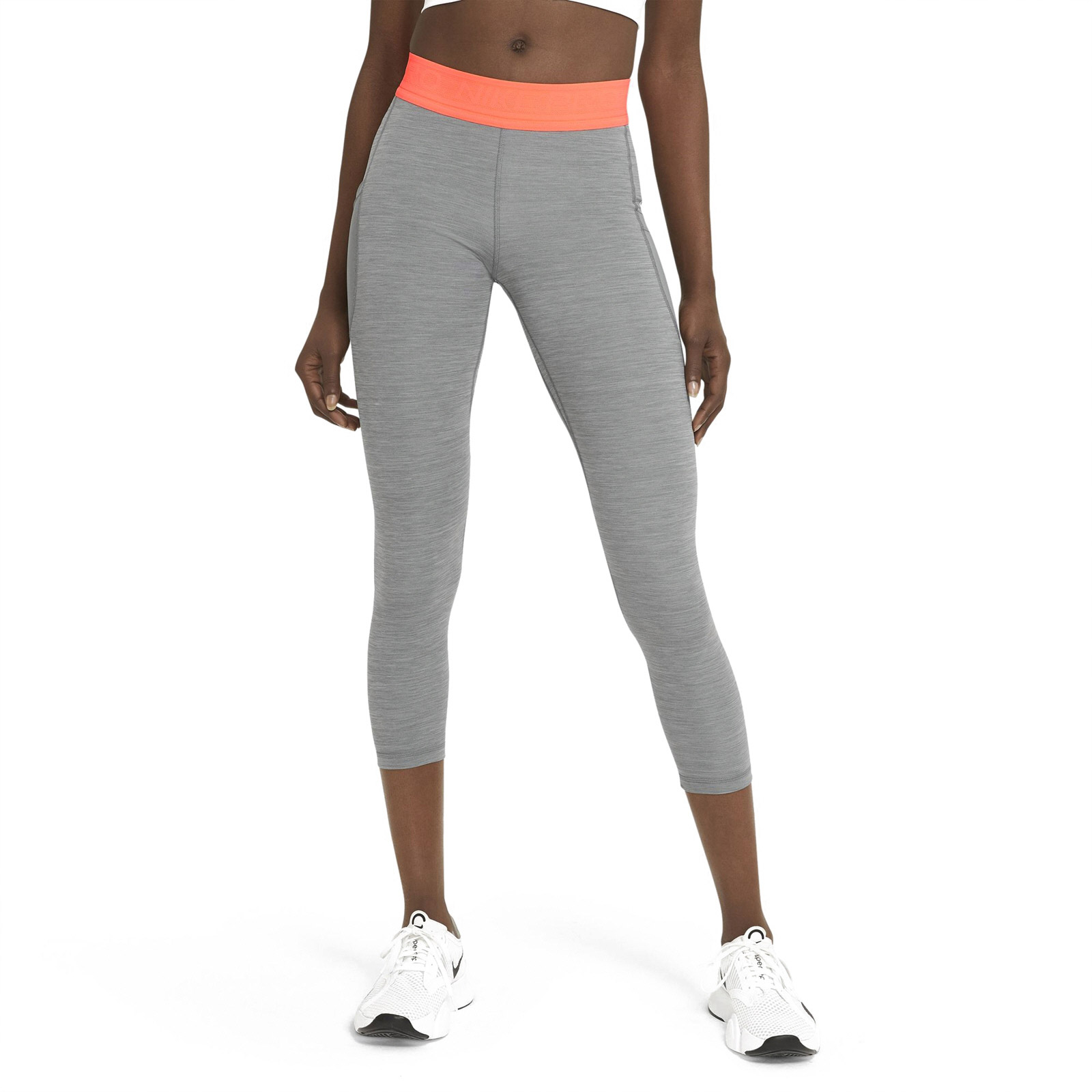 Nike Women's Pro Femme 7/8 Tight, Grey