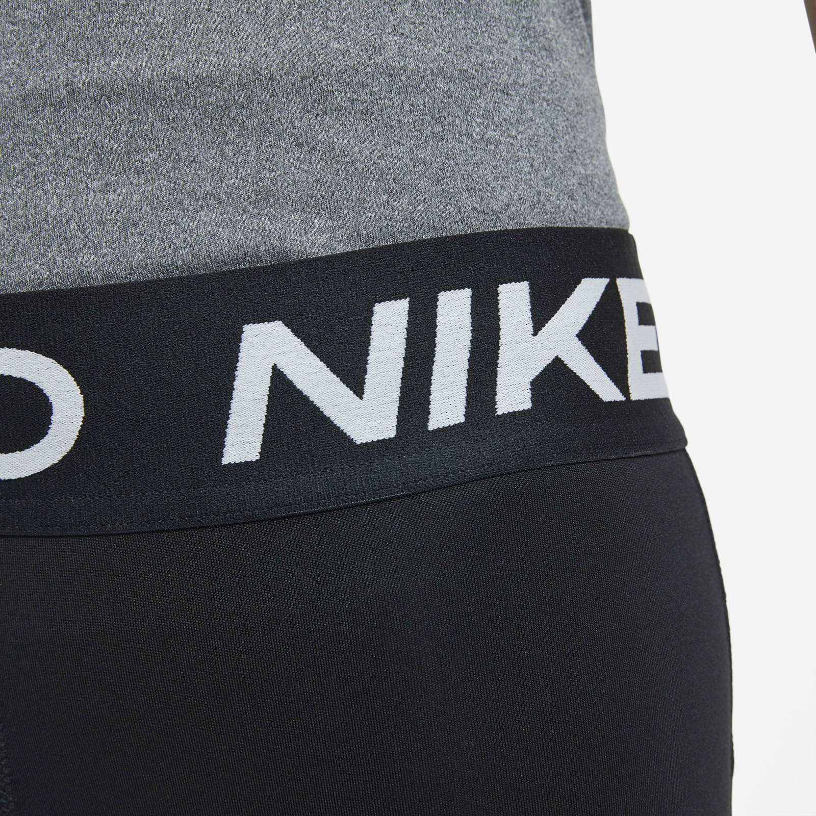 NIKE GIRLS PRO 3IN SHORT BLACK