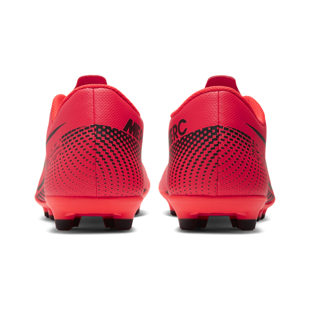 Nike Mercurial Vapor 13 Club Football Boot, Red