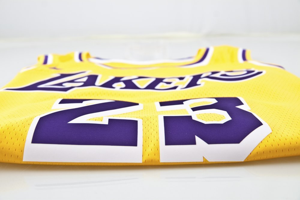 Shop Lakers